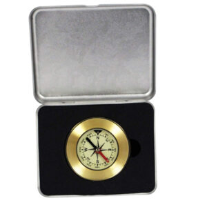 Attractive brass compass in metal gift box. A practical and functional present for the outdoor type!